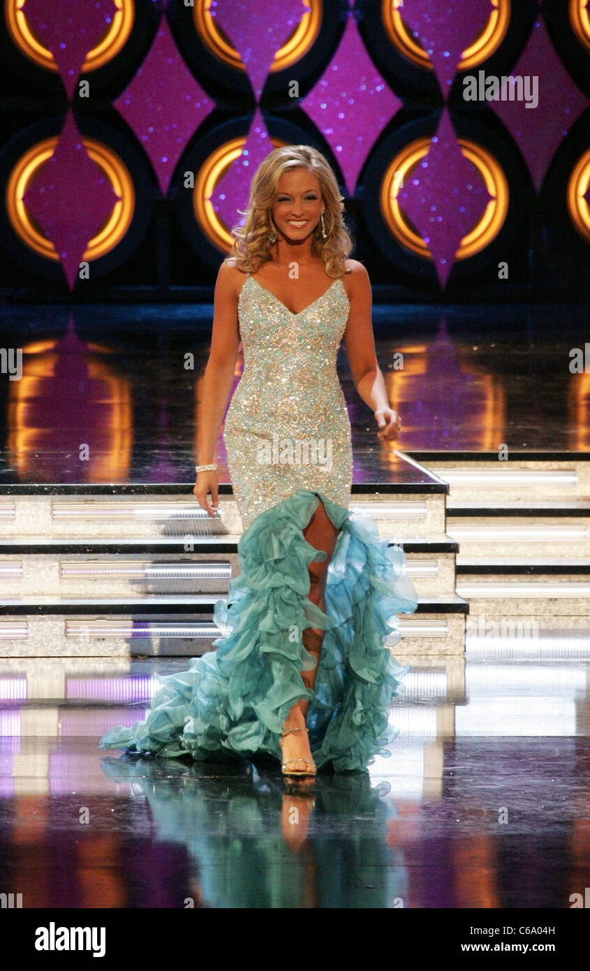 Miss Connecticut Brittany Decker On Stage For Miss America Stock Photo Alamy Brittany decker | miss connecticut farewell speech. https www alamy com stock photo miss connecticut brittany decker on stage for miss america preliminaries 38328321 html