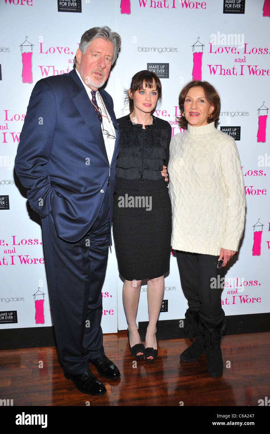 Edward Herrmann, Alexis Bledel, Kelly Bishop at the after-party for LOVE, LOSS and WHAT I WORE 500th Performance - Stock Image