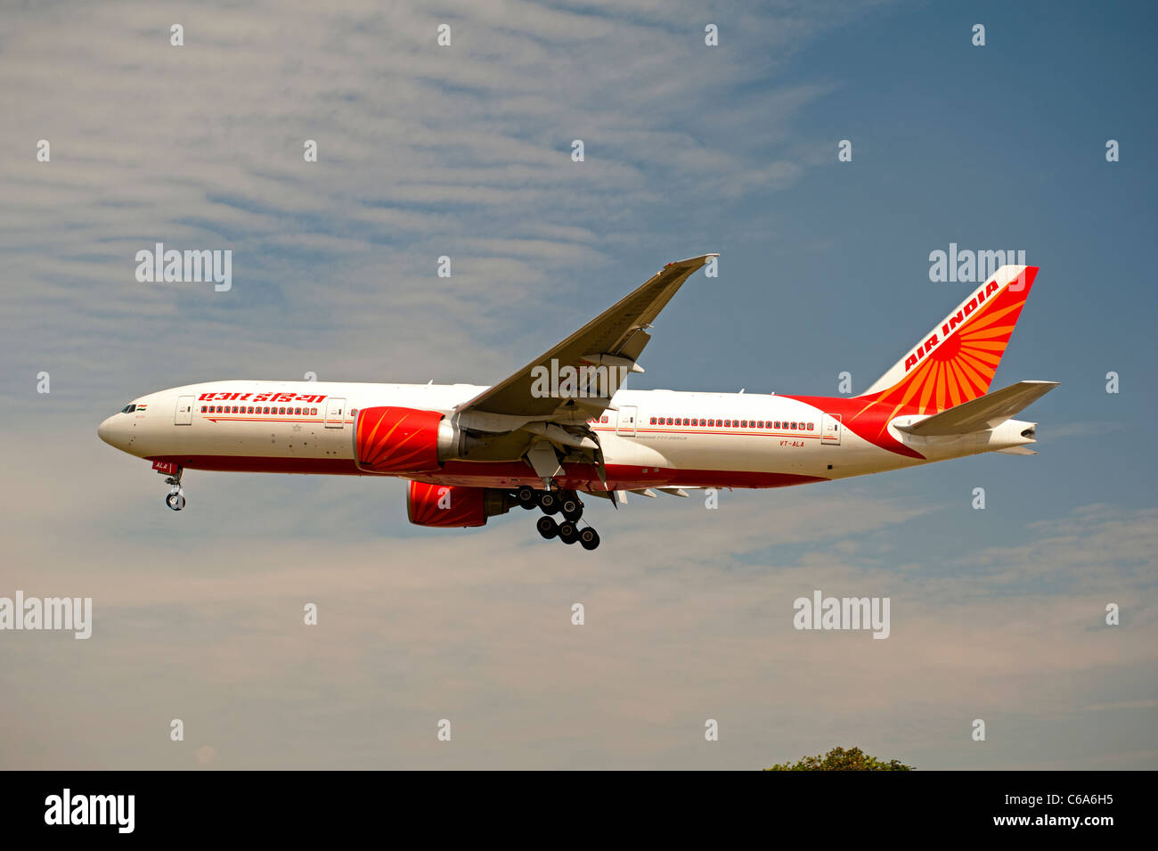 Air India Boeing 777-237LR on approach to London Heathrow Airport LHR.  SCO 7567 - Stock Image
