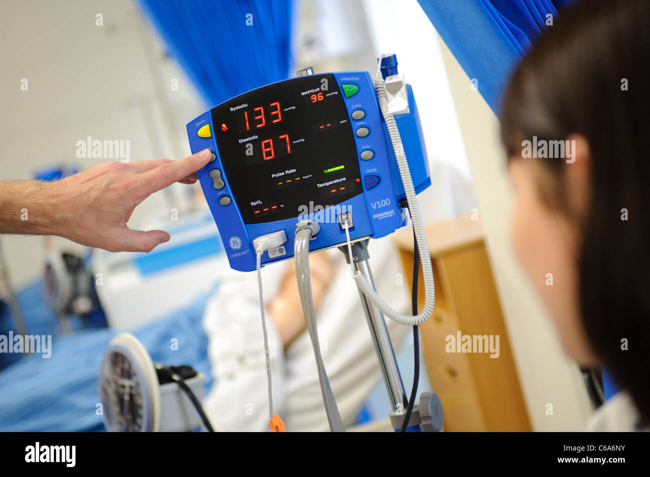 blood pressure and pulse monitor machine hospital ward - Stock Image