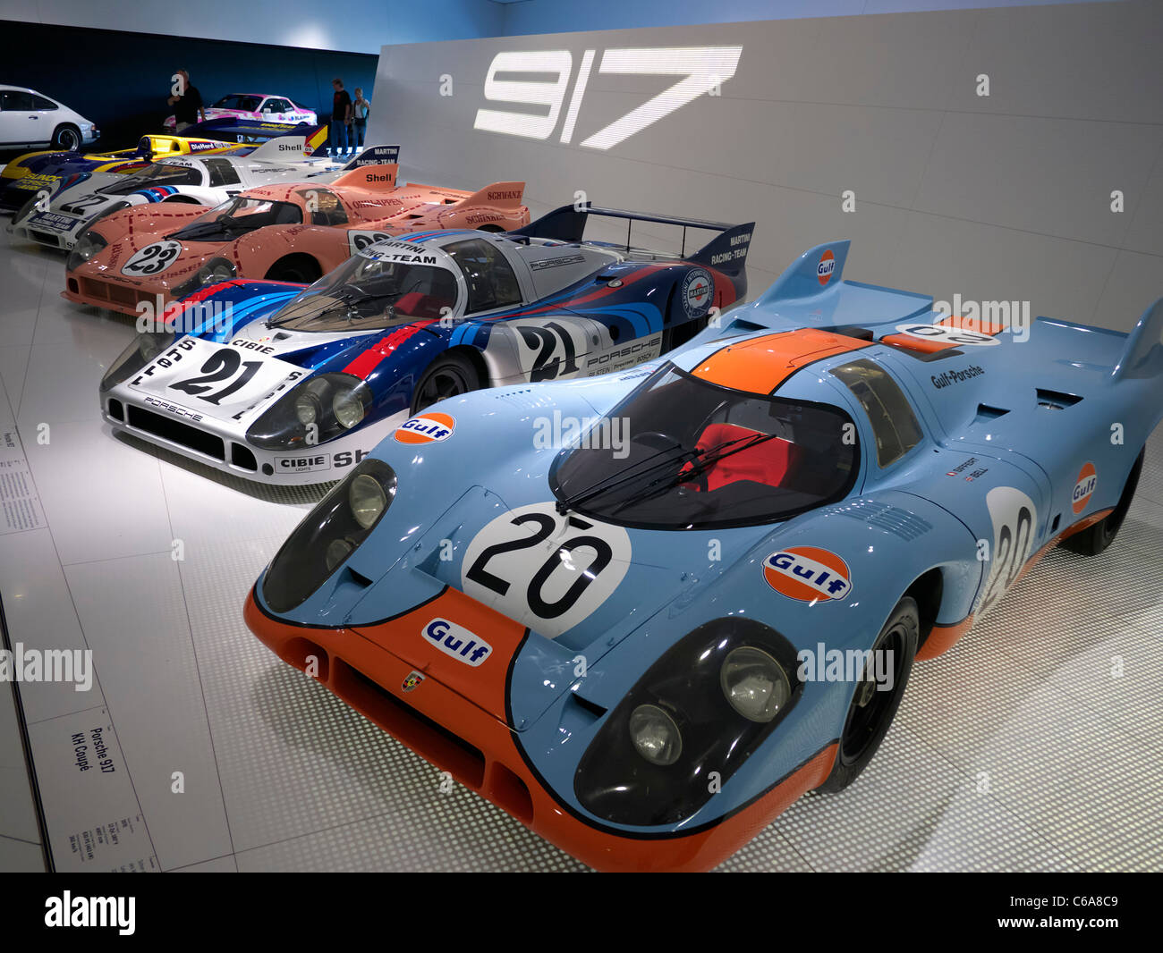 Museo Porsche.Collection Of Porsche 917 Race Cars On Display At Porsche Museum In