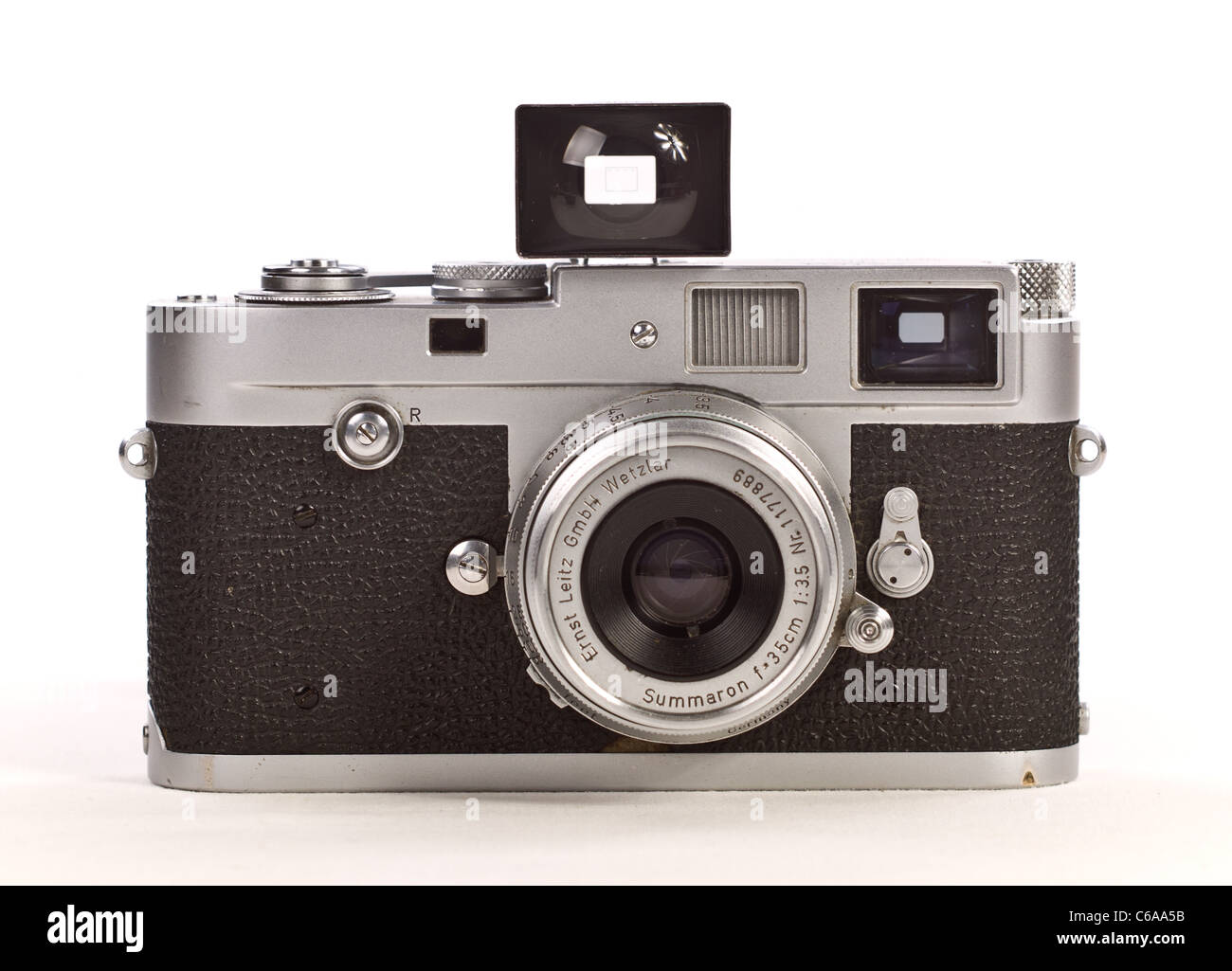 Leica Leitz M2 35mm Camera with 35mm Summaron Lens and Accesory