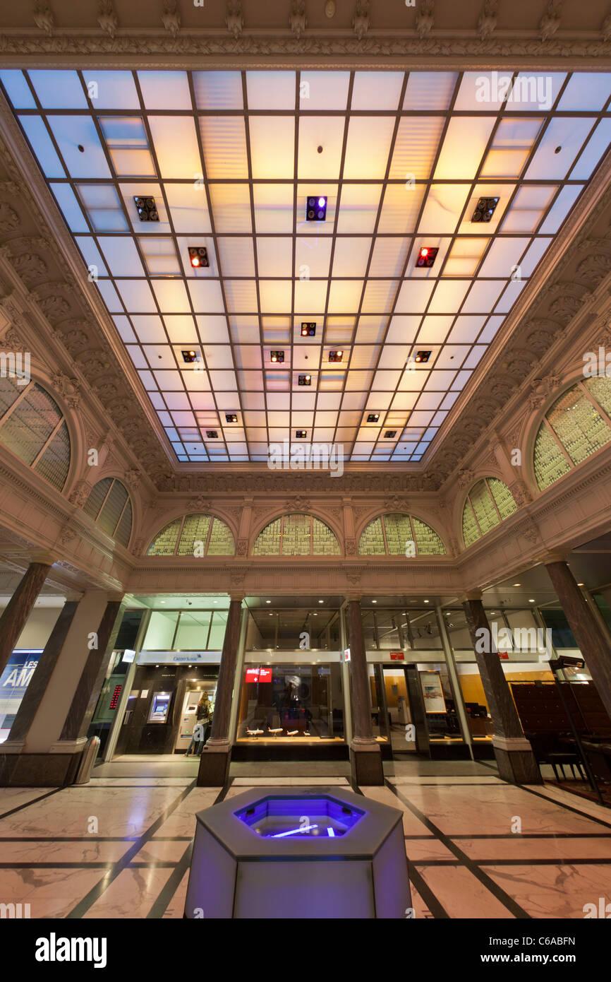 Credit Suisse bank, interieur, Atrium, Zurich - Stock Image