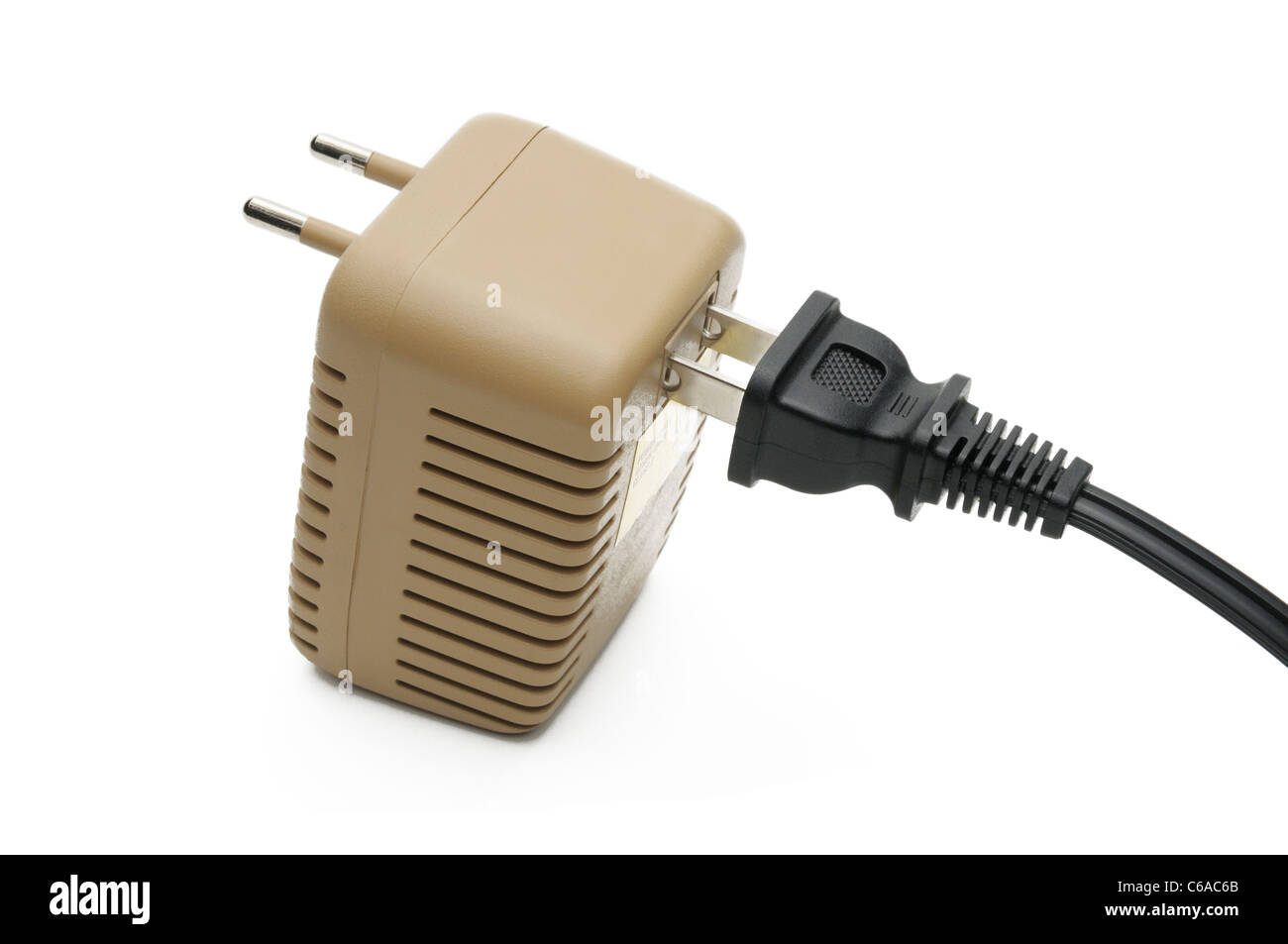 Plug Adapter And Voltage Converter The Unit Converts 220v