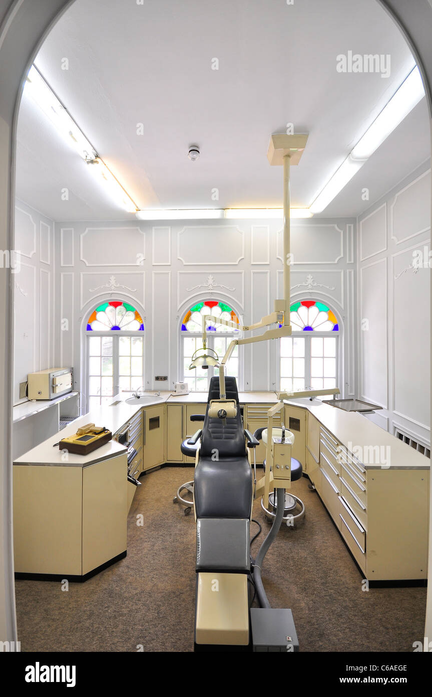Private Dental room in Sahebqeranieh Palace, tehran Iran - Stock Image