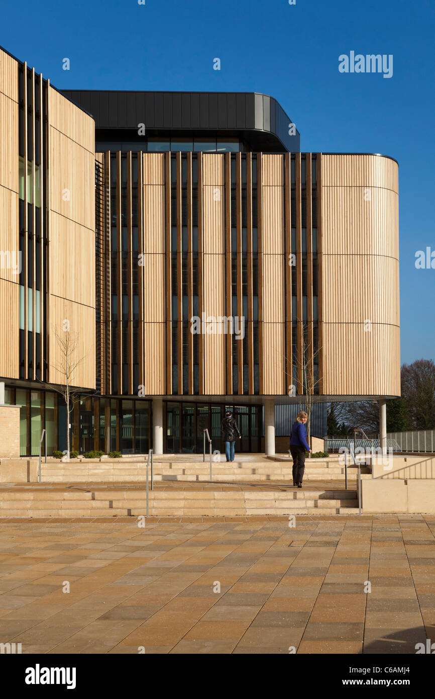 Life Sciences Building University of Southampton Highfield campus RIBA for its 2011 Award 85 wood wooden cladding - Stock Image