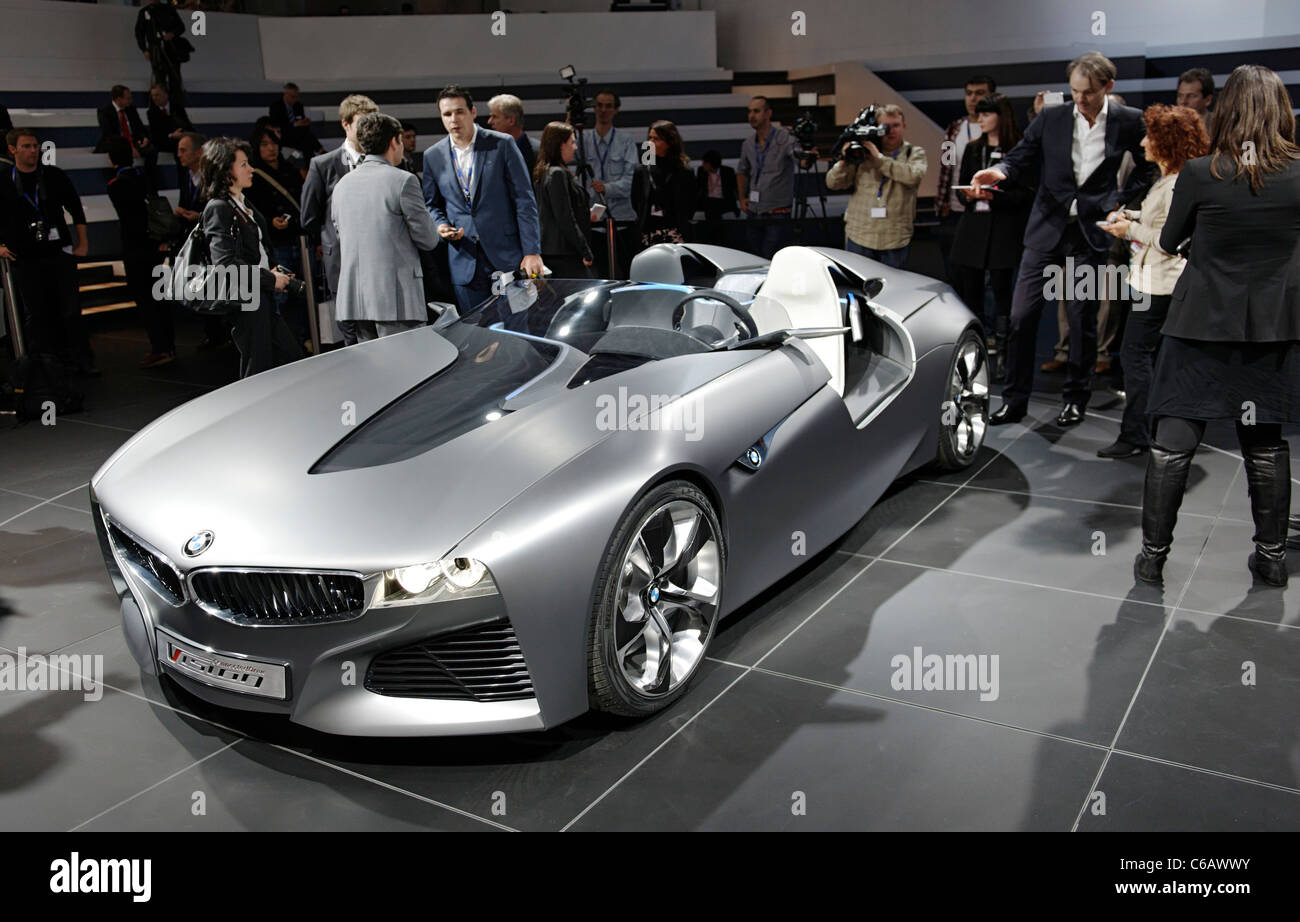 bmw vision connected drive concept car auto show. Black Bedroom Furniture Sets. Home Design Ideas