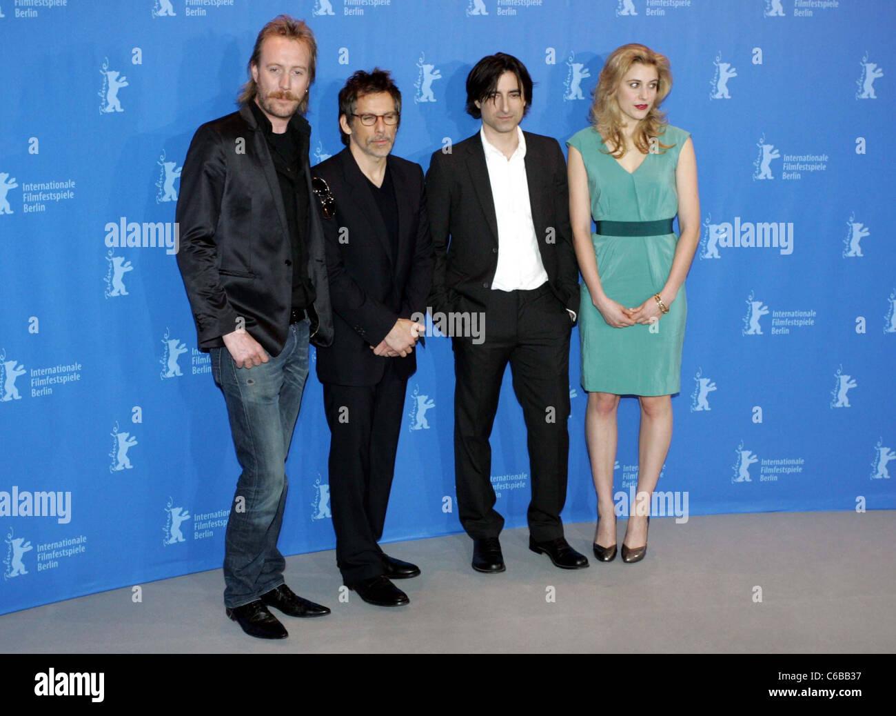 Rhys Ifans, Ben Stiller, Noah Baumbach, Greta Gerwig at the
