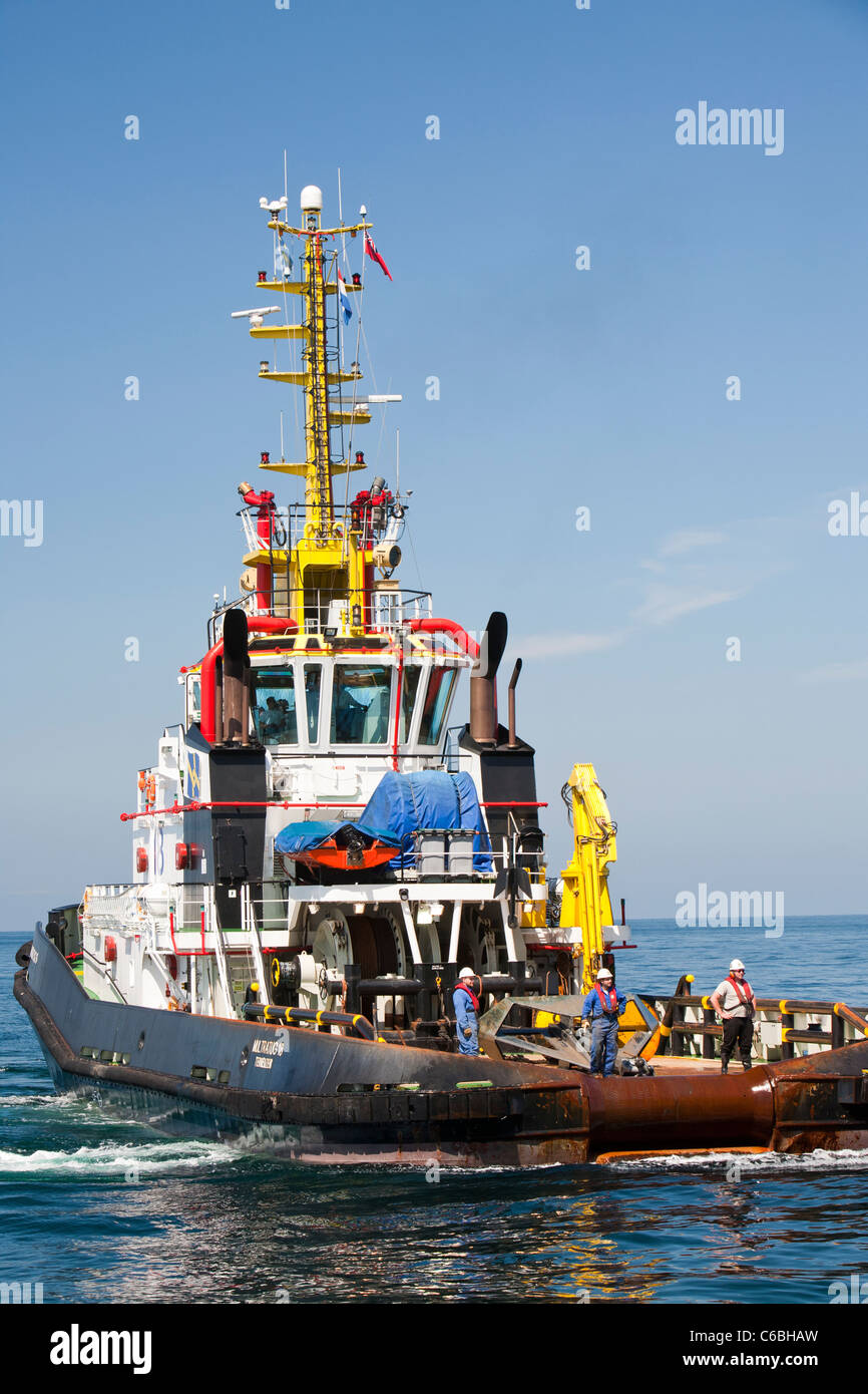 Towing Off Stock Photos Images Alamy Boat Tow Harness A Tug Jack Up Barge The Goliath Out To Work On