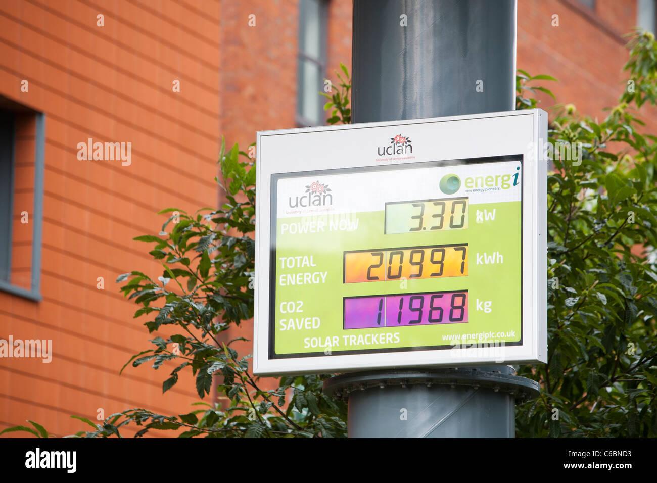 A tracking solar photovoltaic panel on the campus of UCLAN, the University of Centrsl Lancashire, Preston, UK. - Stock Image