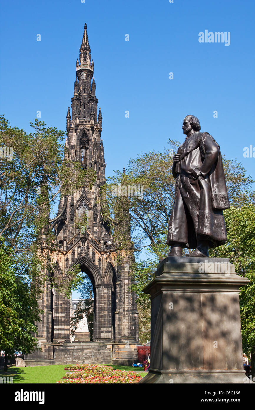 Scott Monument Princes Street Gardens Edinburgh - Stock Image