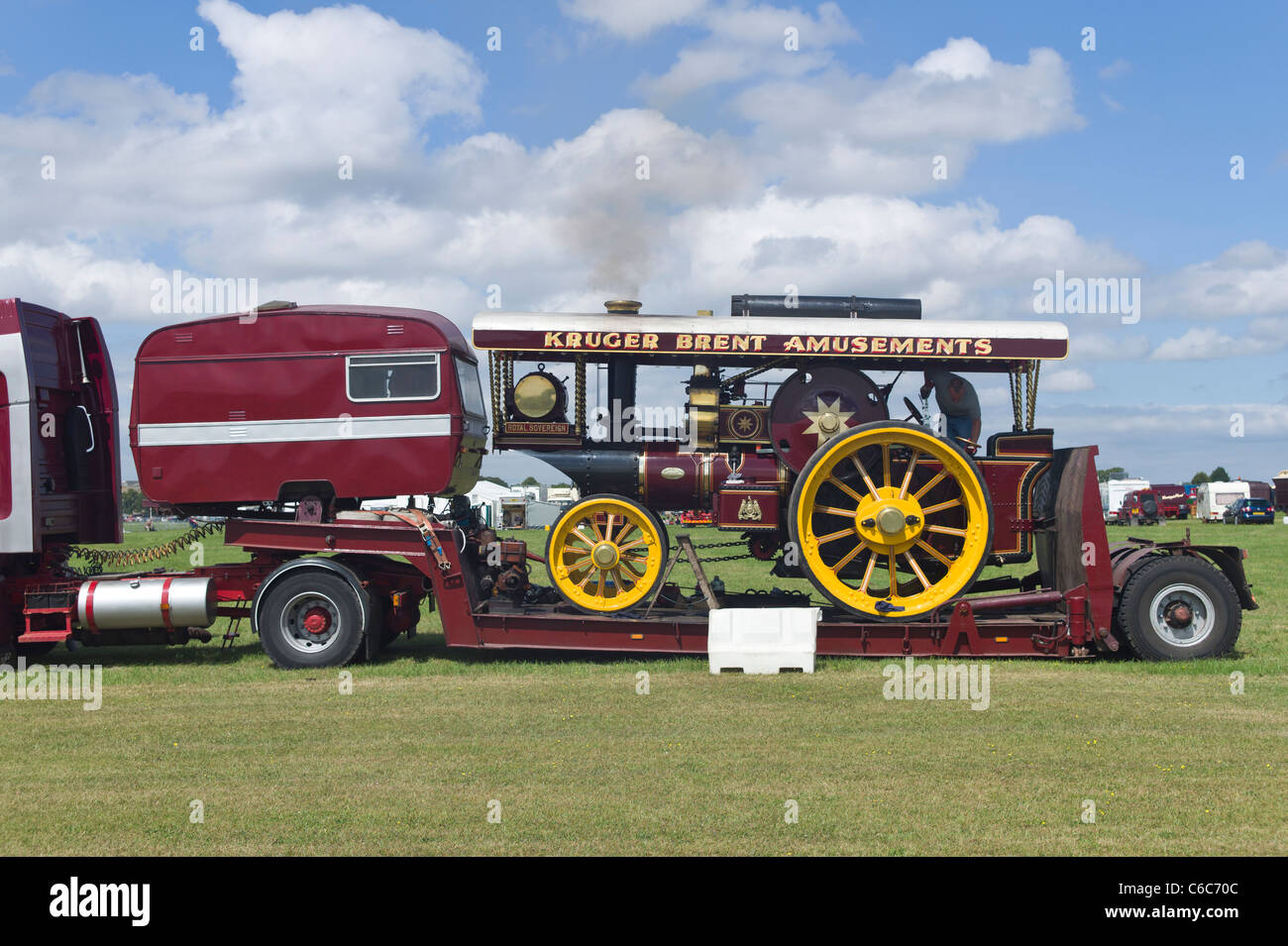 Low Loader Stock Photos Amp Low Loader Stock Images Alamy