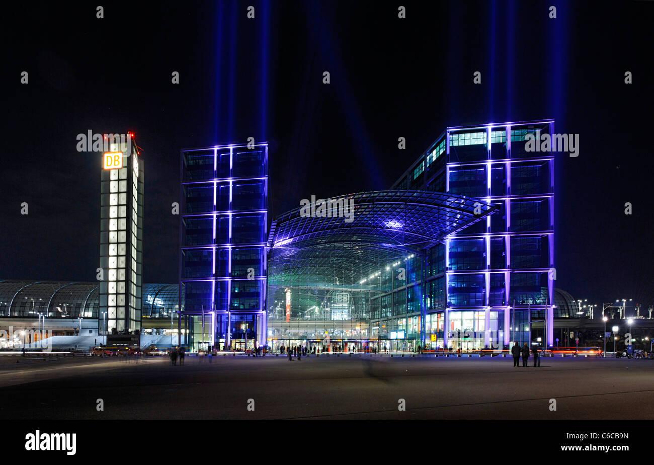Colorfully illuminated main station, Festival of Lights, Berlin, Germany, Europe - Stock Image