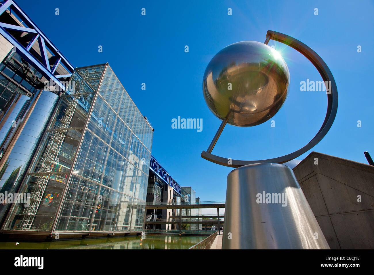 France, Paris, the city of Sciences and Industry in La Villette Park - Stock Image