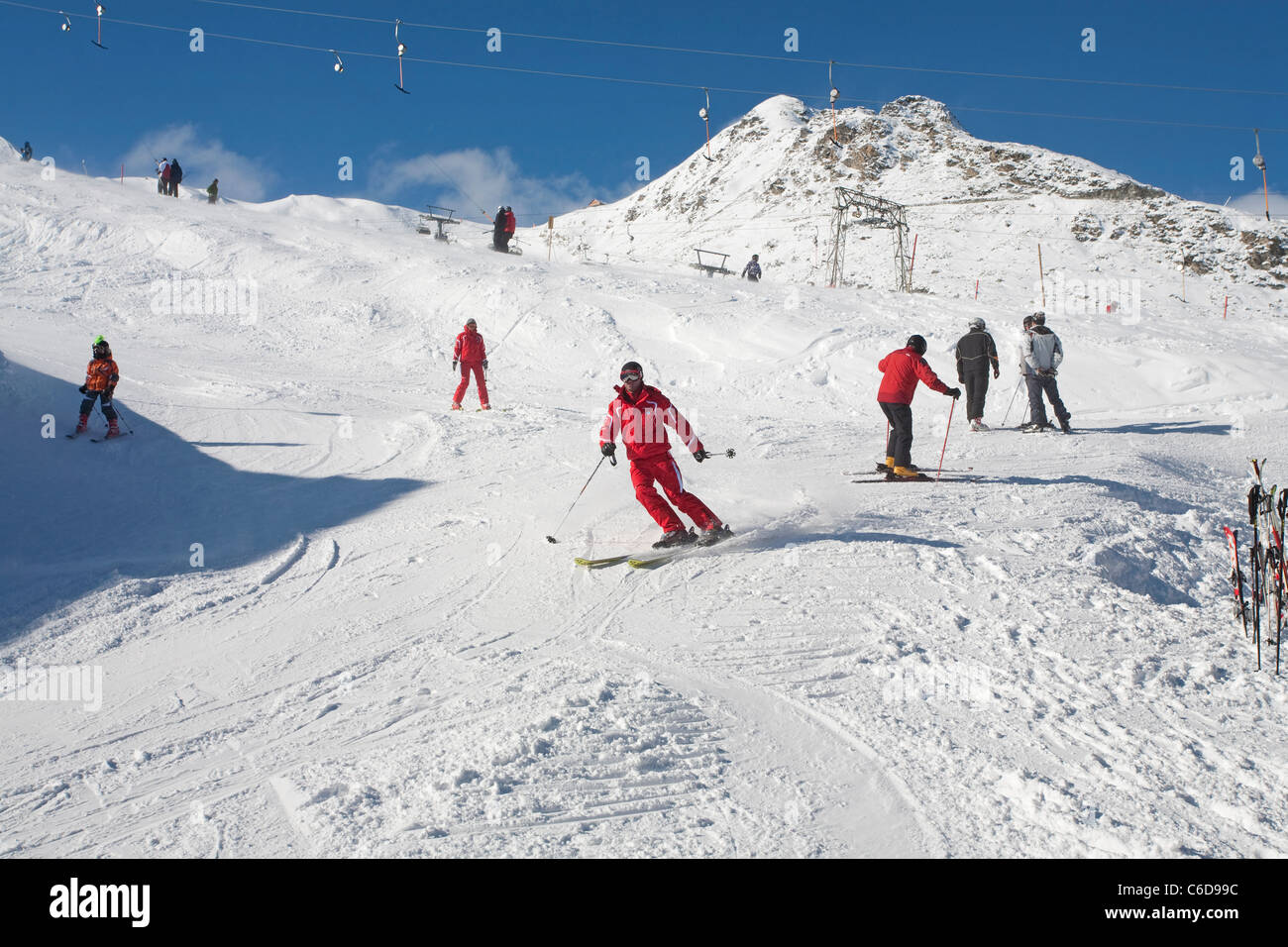 Hintertux Winter sport Wintersport skiing Ski skifahrer skifahren hiver Winterzeit Tirol Tyrol Alpen alps Hintertux - Stock Image