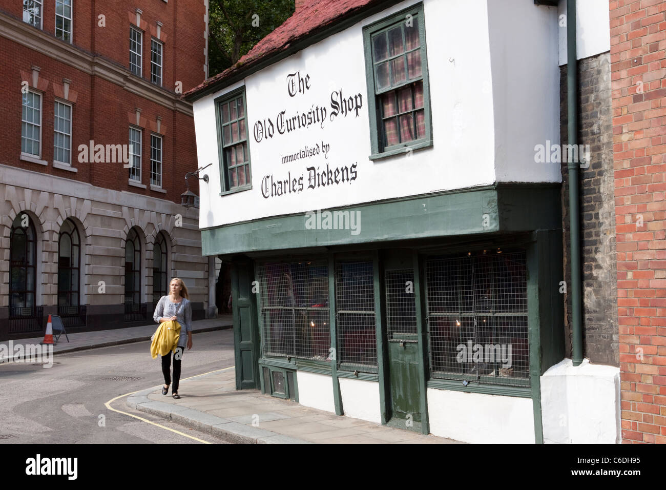 The Old Curiosity Shop, made famous by Charles Dickens, Portsmouth Street, Holborn, London, England, UK - Stock Image