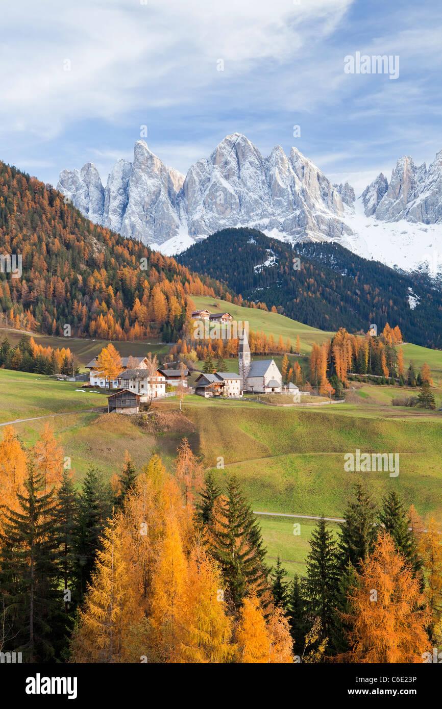 Mountains, Geisler Gruppe/ Geislerspitzen, Dolomites, Trentino-Alto Adige, Italy, Europe - Stock Image