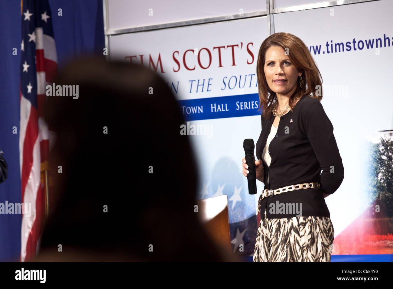 Conservative Republican Presidential candidate Rep. Michelle Bachmann answers a question from the audience during - Stock Image
