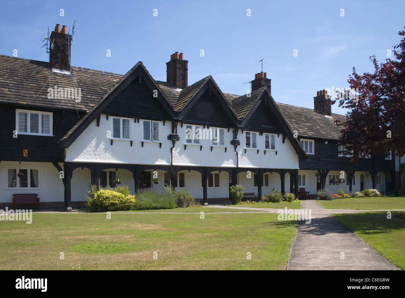homes at port sunlight on the wirral - Stock Image