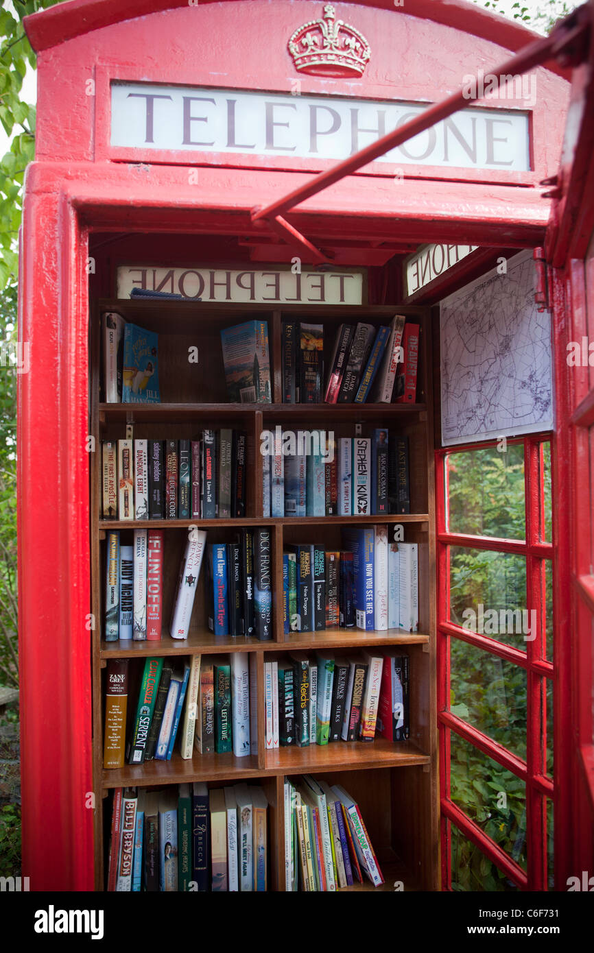 Telephone Box Book Exchange Library Great Hinton Wiltshire - Stock Image