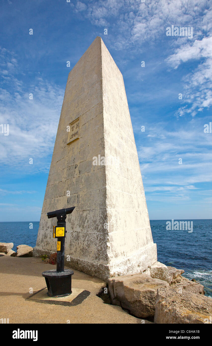 Trinity House obelisk land marker and viewing telescope on Portland Bill Dorset UK - Stock Image