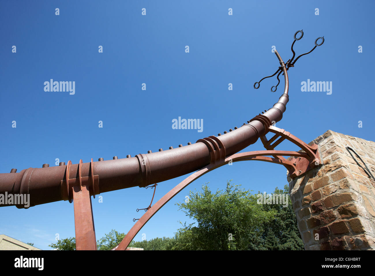 armature with star alignment sights at the oodena in the forks Winnipeg Manitoba Canada - Stock Image