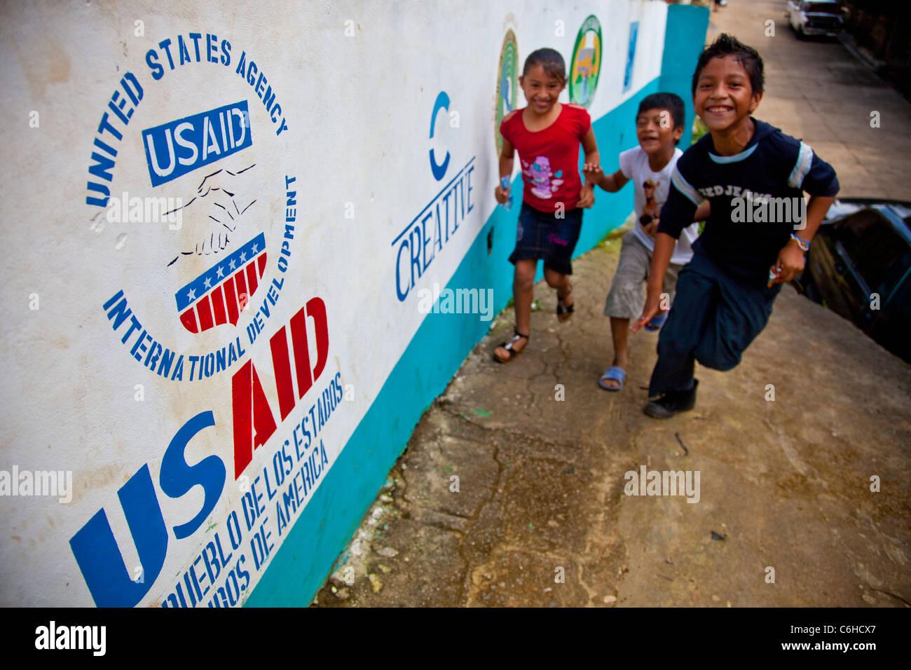 USAID development youth project , Por Mi Barrio, against gangs, San Salvador, El Salvador - Stock Image