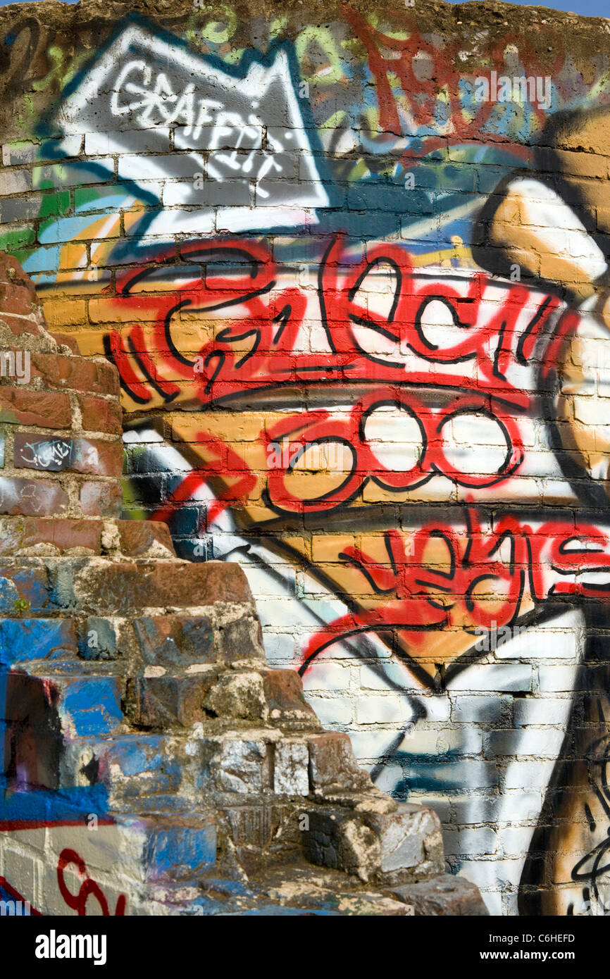 Graffiti - River Arts District - Asheville, North Carolina, USA - Stock Image