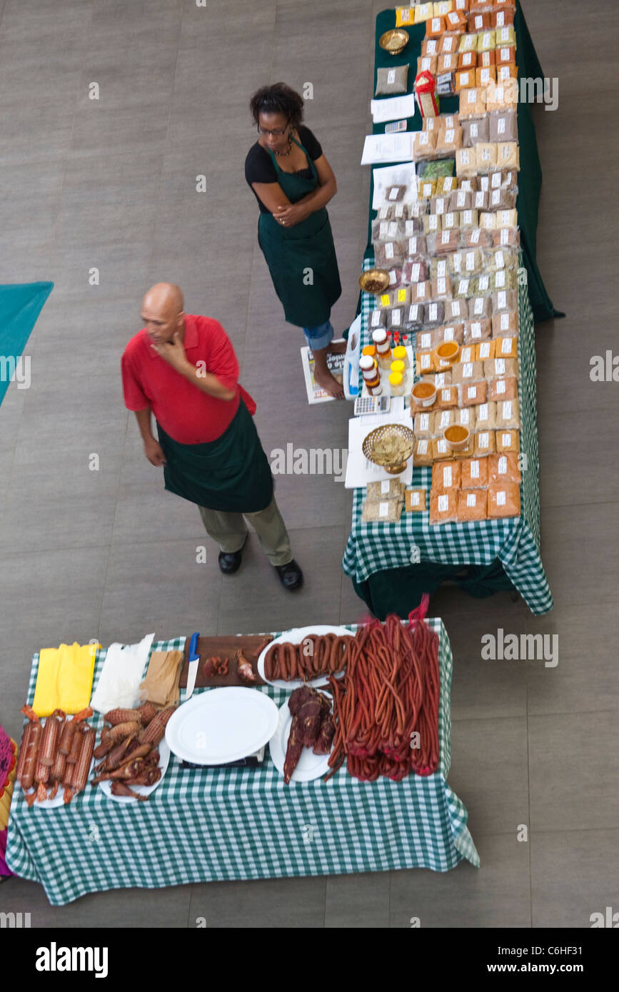 Overhead view of a food display in a Morningside, Sandton Shopping mall - Stock Image