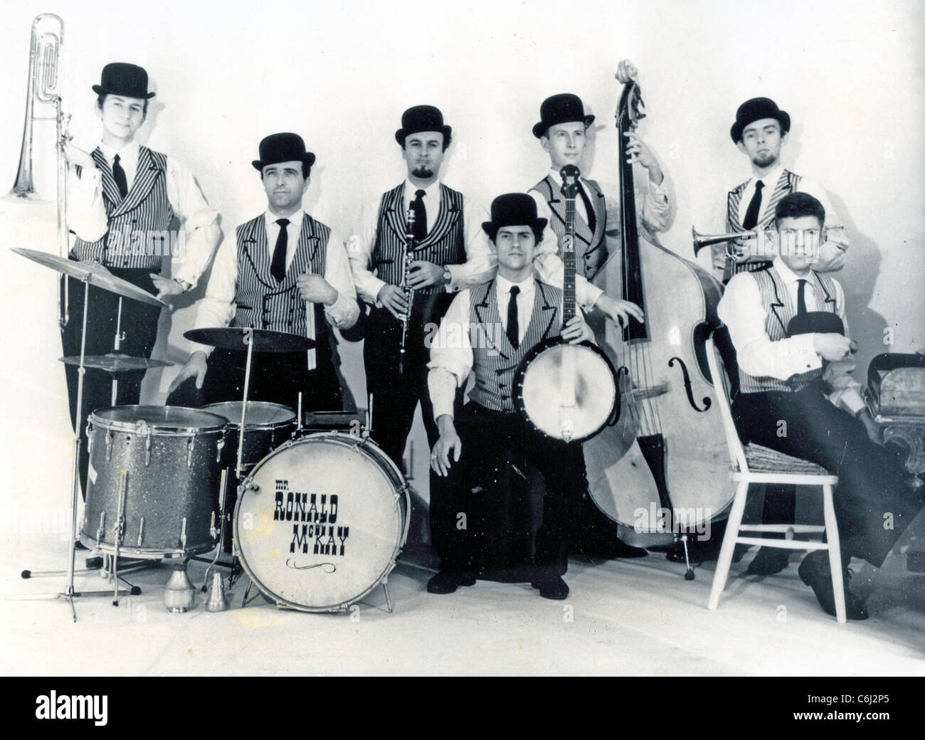 ACKER BILK AND HIS PARAMOUNT JAZZ BAND about 1964 - Stock Image