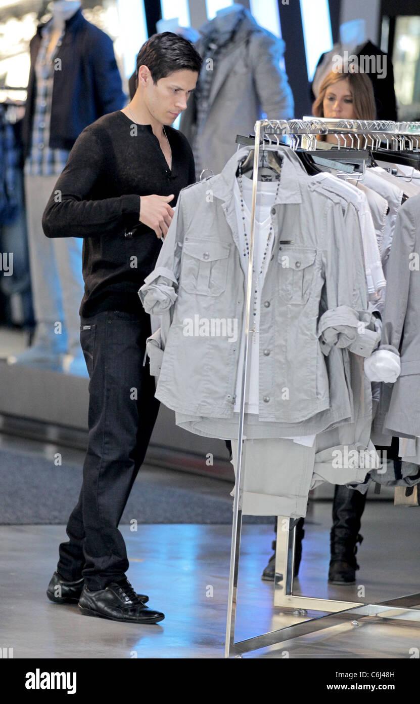 Alex Meraz Twilight Saga Stock Photos & Alex Meraz ...