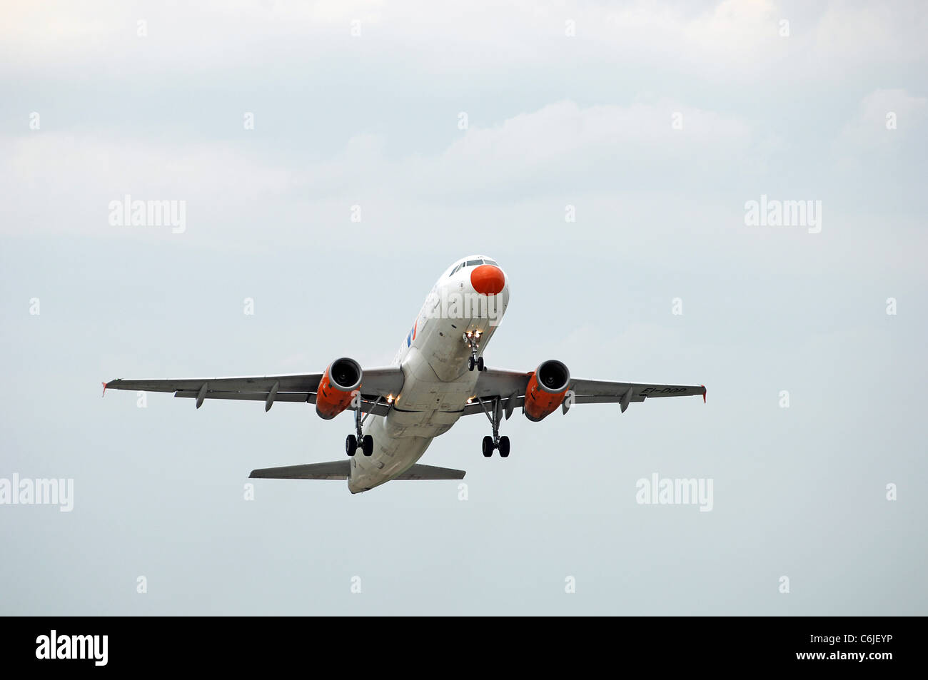 A320 Livingston airliner take off - Stock Image