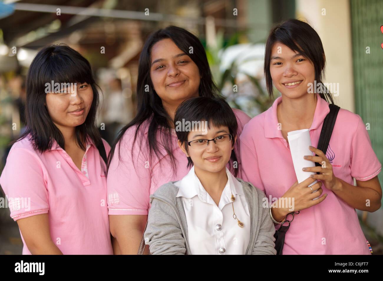 Thai Girls Stock Photos & Thai Girls Stock Images - Alamy