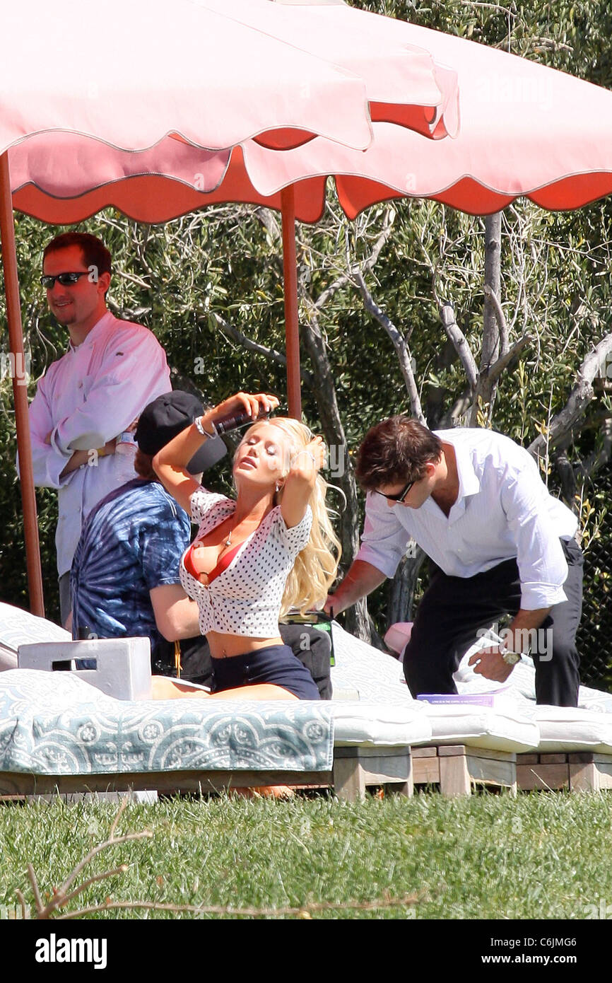 Heidi Montag filming her movie cameo in 'Just Go With It', a