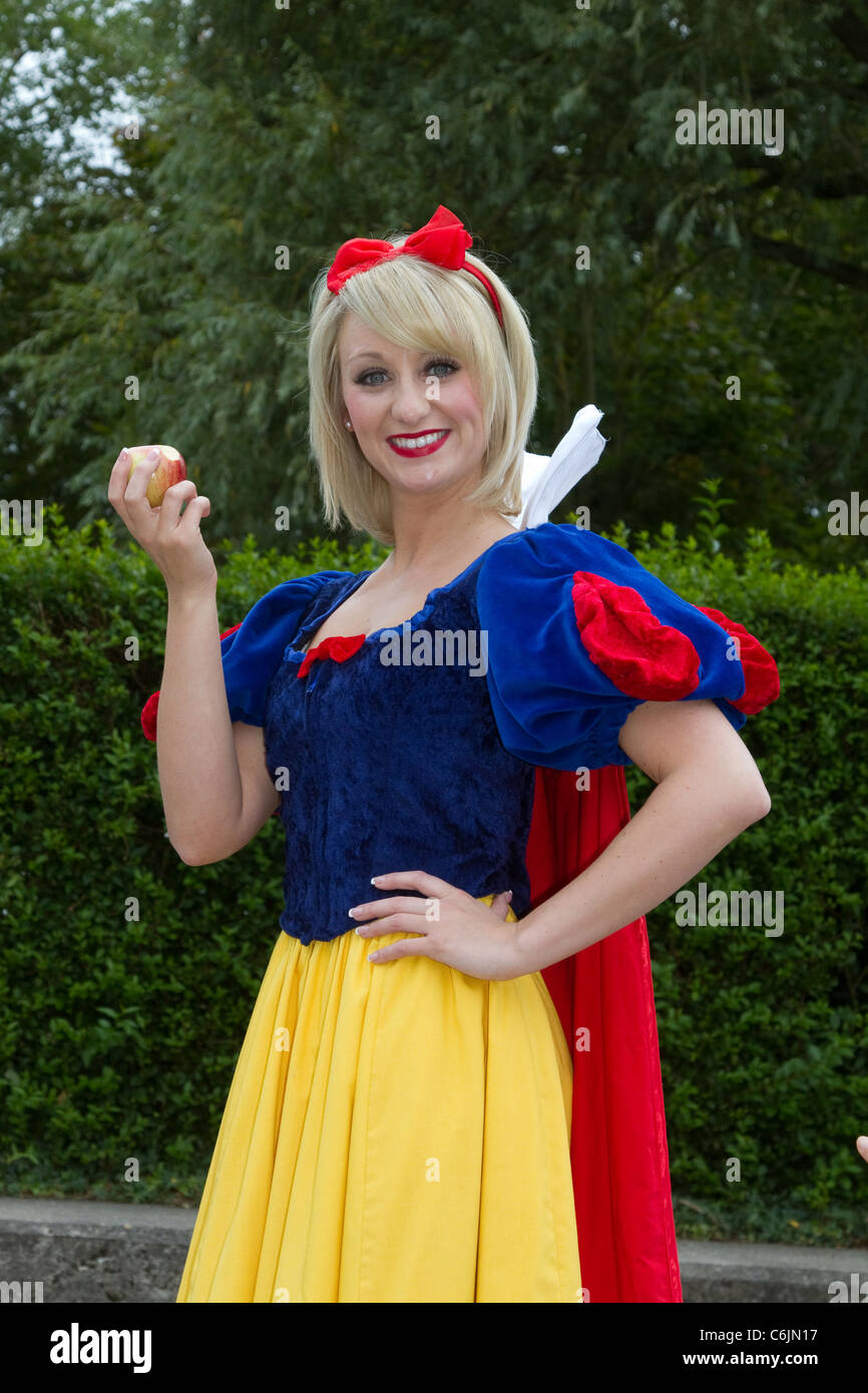 "Jenny Jones, a highly skilled presenter, performer. and actess in the Cast of ""Snow White""  & the Seven Dwarfs, Stock Photo"