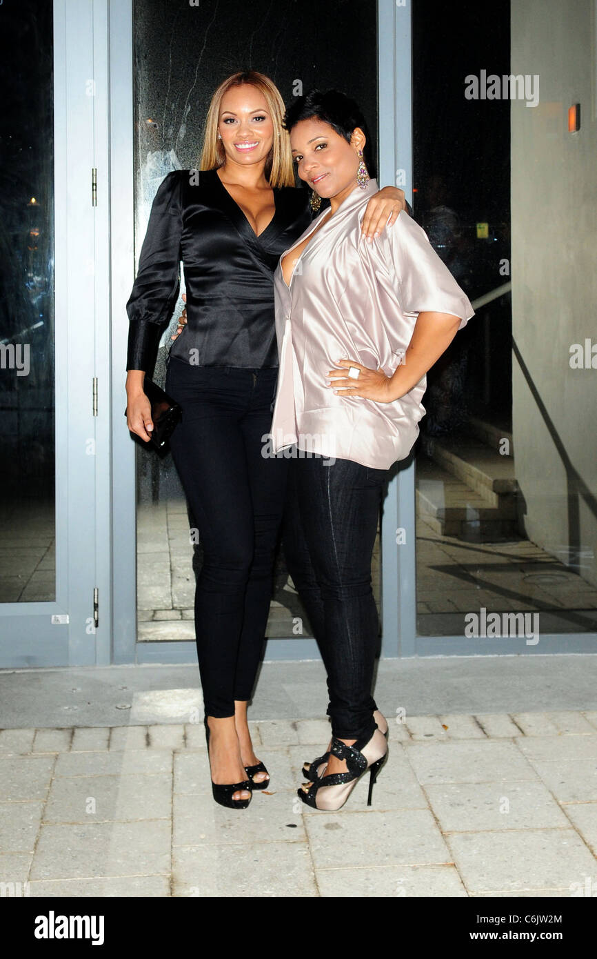 evelyn lozada of vh1 s basketball wives and amaris jones outside