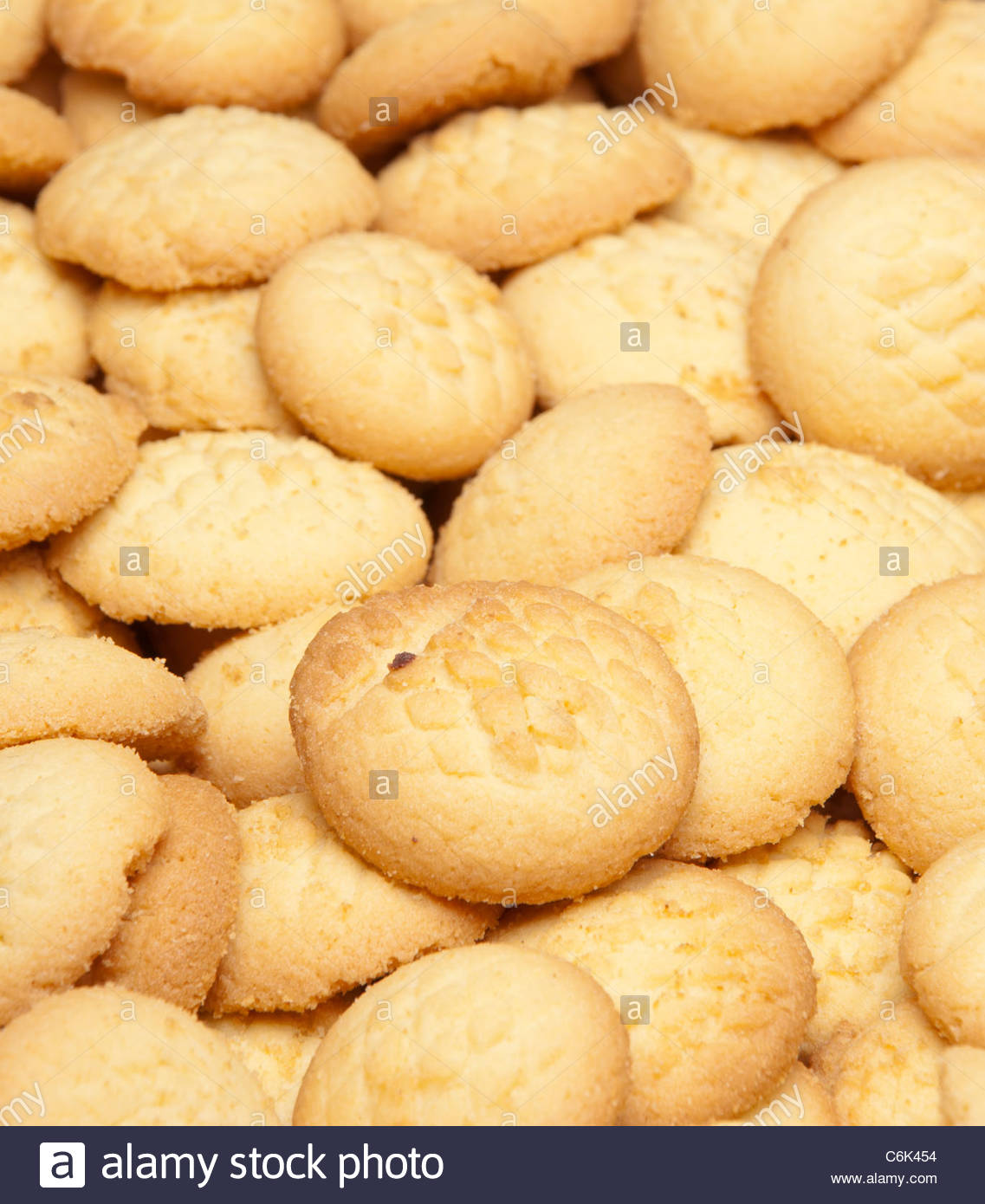 Popular Biscuit Eid Al-Fitr Food - traditional-biscuits-baked-ahead-of-celebrations-for-eid-el-fitr-in-C6K454  Best Photo Reference_159816 .jpg