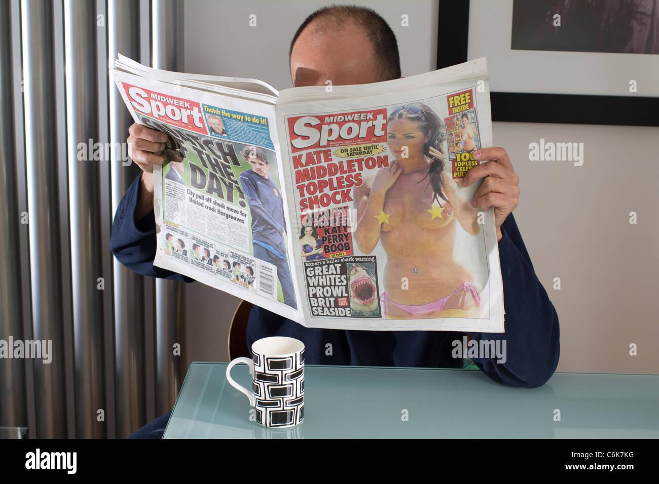 Daily, sport ,Midweek, sport, UK newspaper, - Stock Image