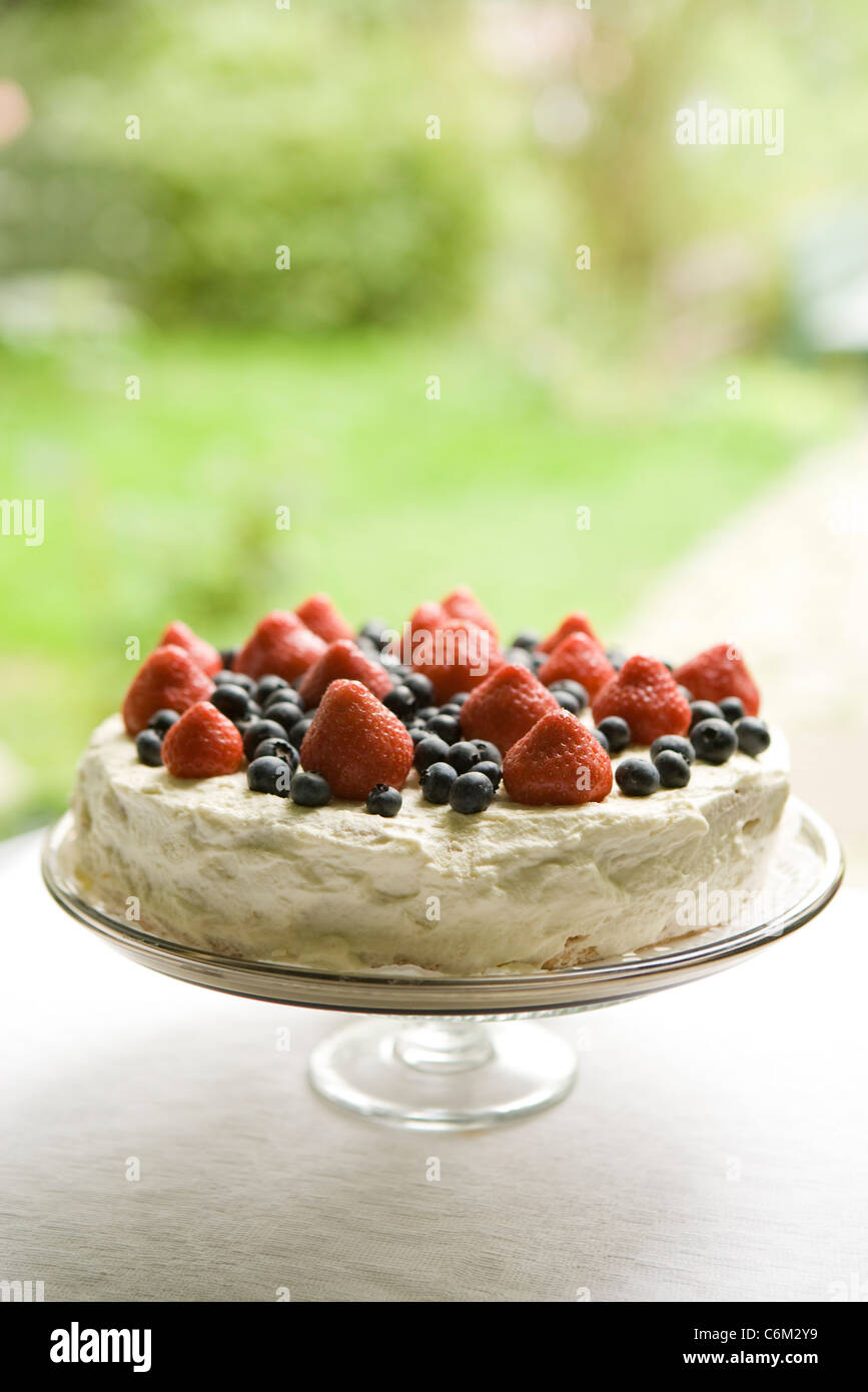 Strawberry blueberry cake - Stock Image