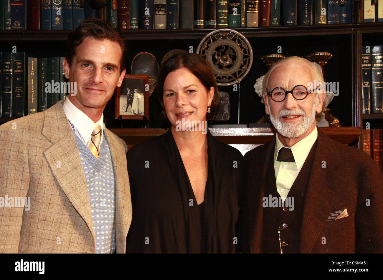 Mark H. Dold (in costume as C.S. Lewis), Marcia Gay Harden and Martin Rayner (as Sigmund Freud) Marcia Gay Harden - Stock Image