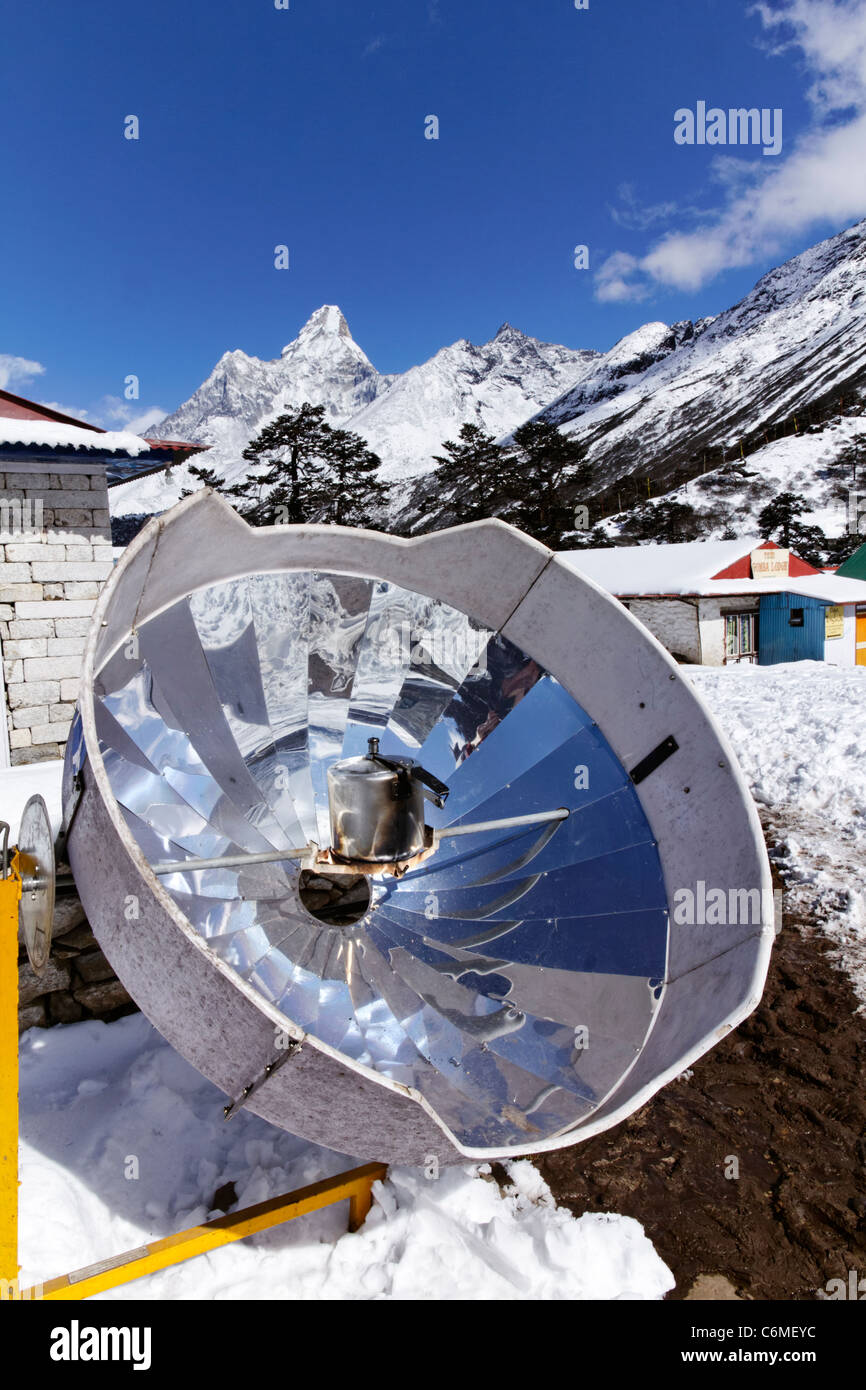Solar powered cooker used at a teahouse at Tengboche, Everest Region, Nepal - Stock Image