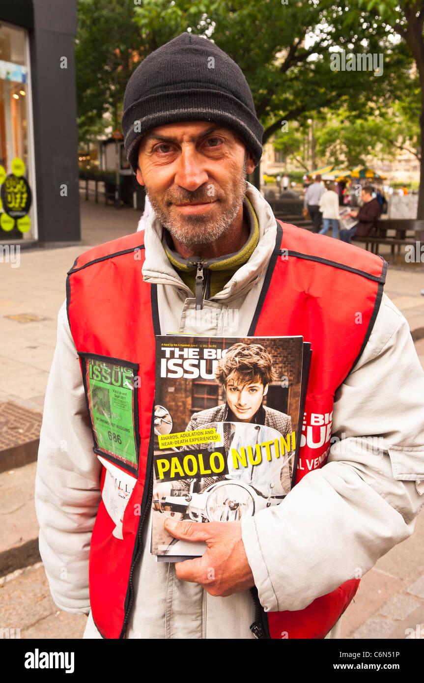 Big Issue Magazine Stock Photos Big Issue Magazine Stock Images
