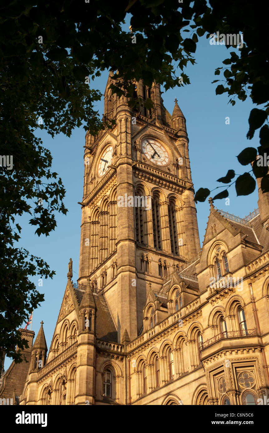 The neo-Gothic exterior of Manchester Town  Hall by Alfred Whitehouse completed in 1877. - Stock Image