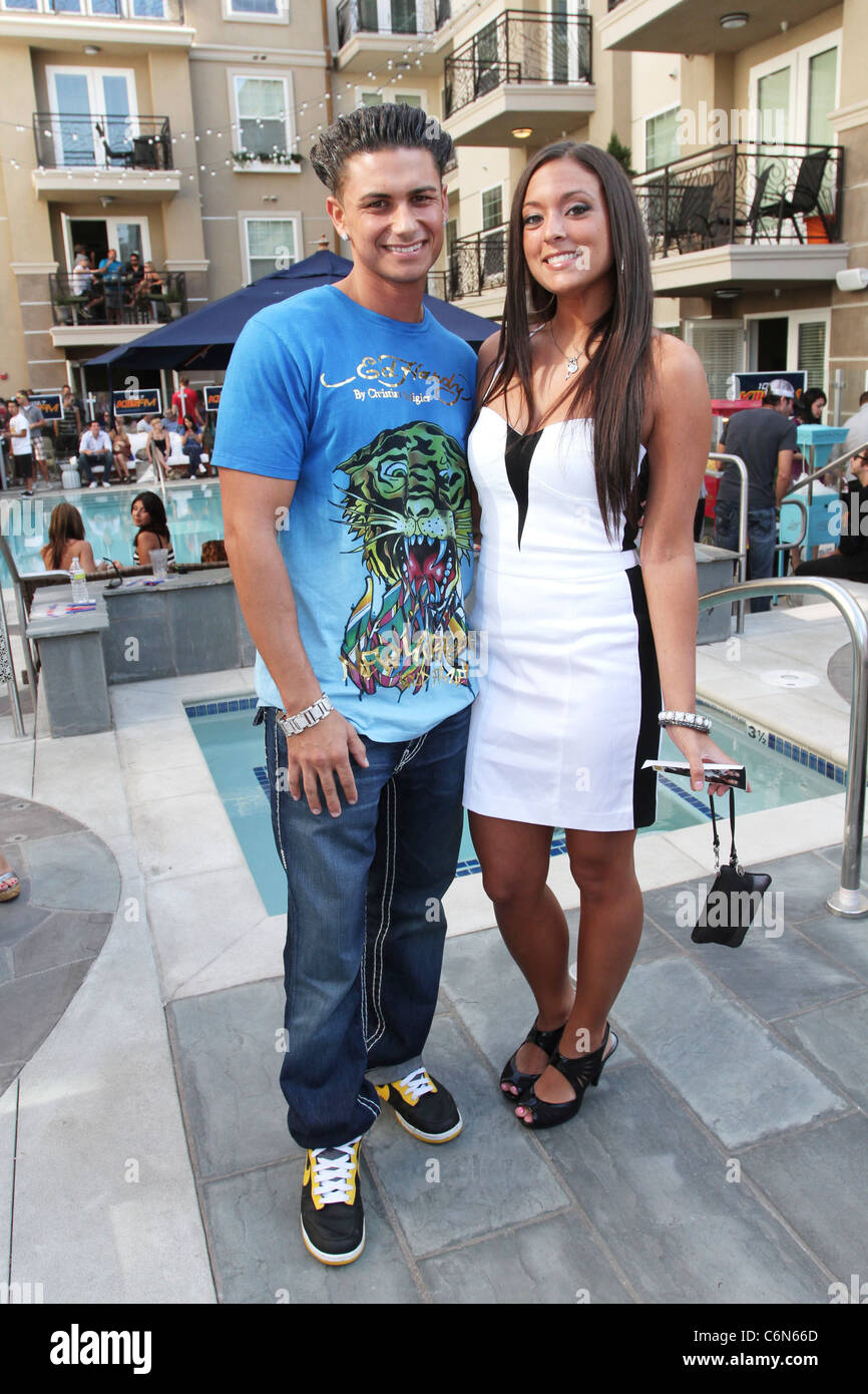 Are sammi and pauly d dating
