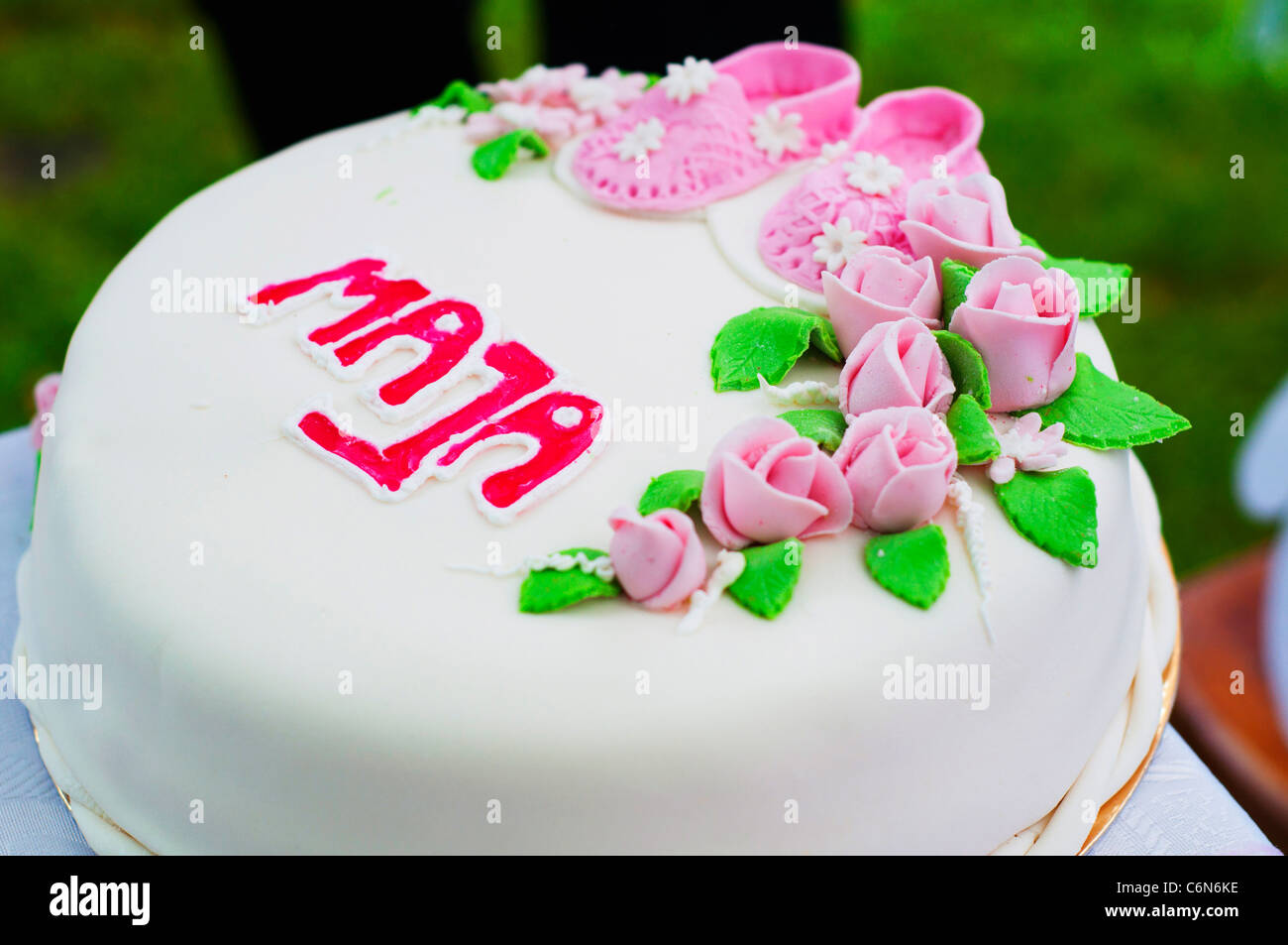 Happy birthday rose flowers cake stock photos happy birthday rose cake with pink flowers and her shoes stock image izmirmasajfo