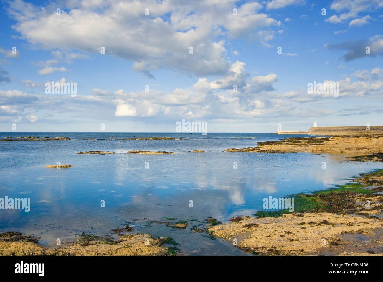 Seahouses, Northumberland, England. Seascape. - Stock Image