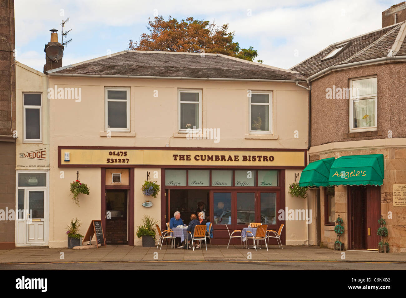 The Wedge and the Cumbrae Bistro, Millport, Isle of Cumbrae - Stock Image