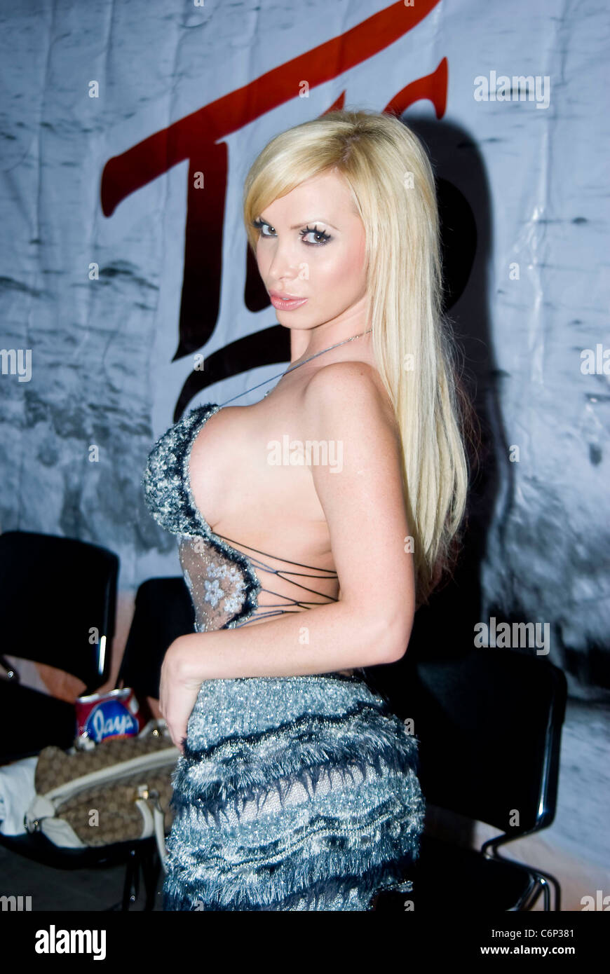 New Nikki Benz