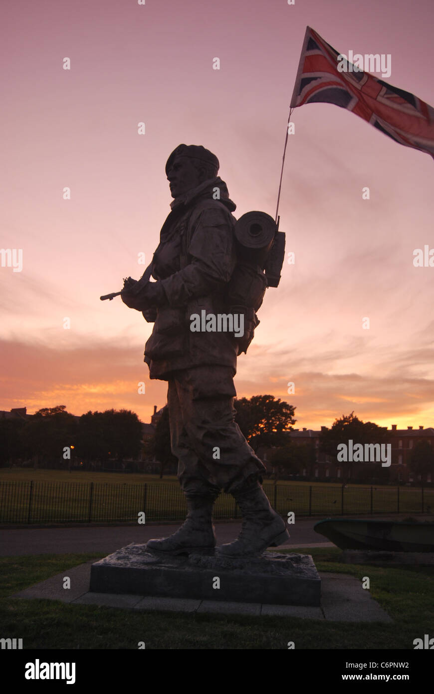 'Yomper' Royal Marines Memorial Statue at Sunset in Southsea, Hampshire, United Kingdom. - Stock Image