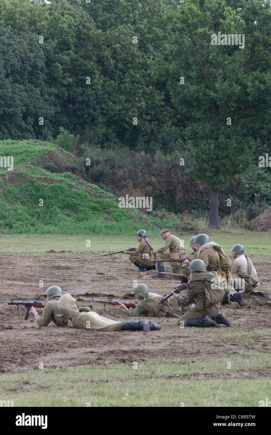 Reenactment of the WW11 Russian soldiers Advancing on the Eastern front - Stock Image